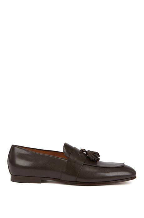 Italian-made loafers in goat leather with tassel trim, Dark Brown