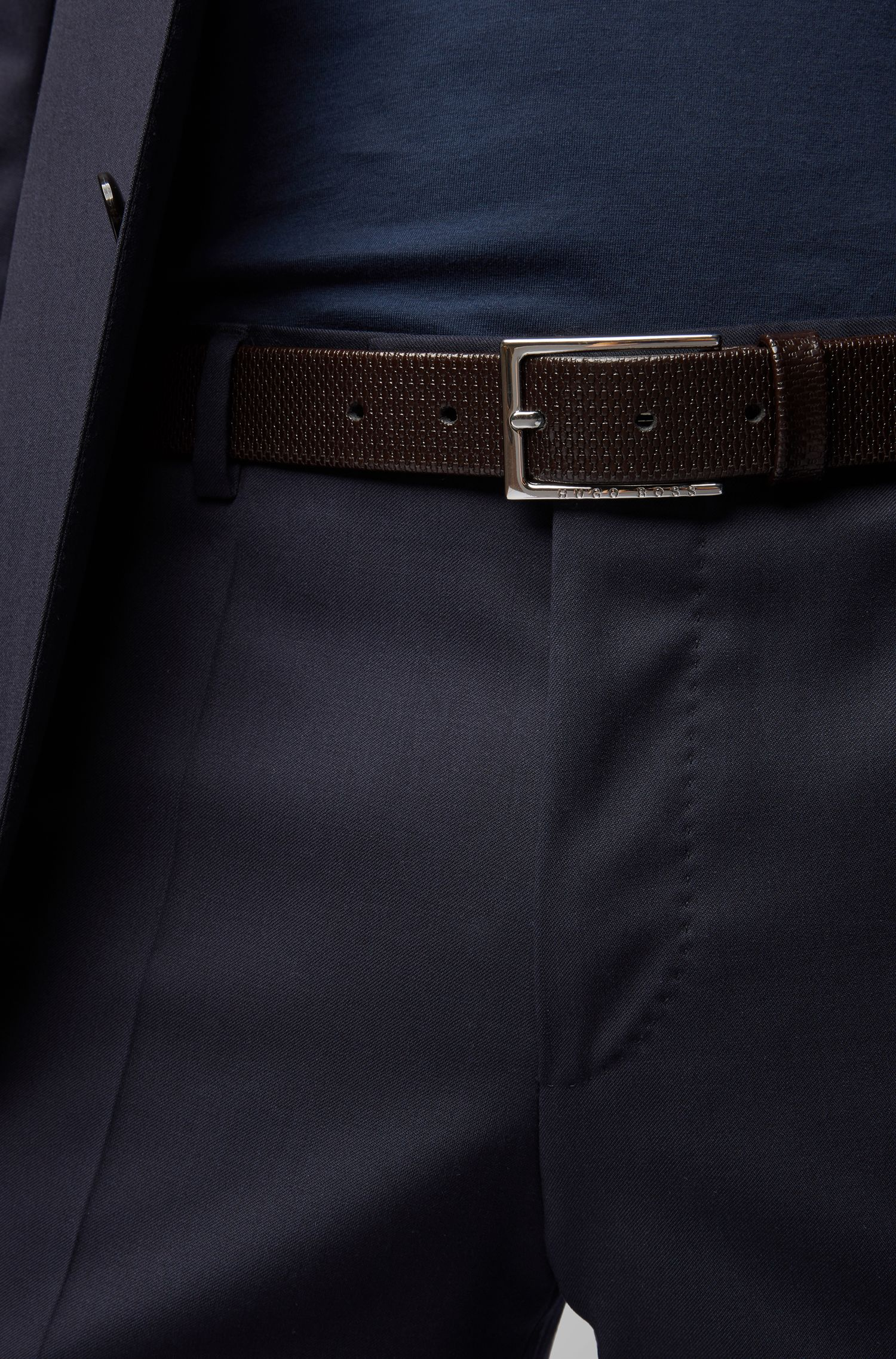 Business belt in monogram-embossed leather, Donkerbruin