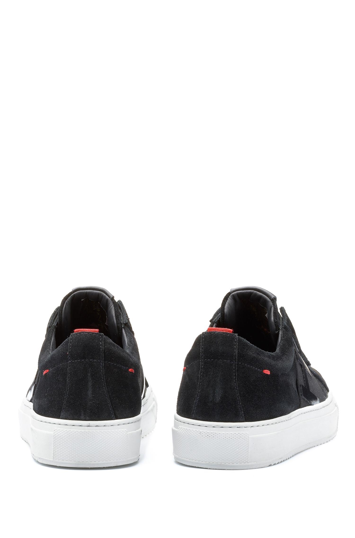 Lage sneakers van Italiaans leer met logoband, Zwart