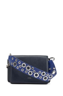 Crossbody bag in Italian leather with eyelet-detailed handle, Dark Blue
