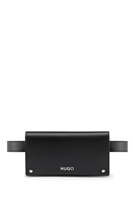 Gürteltasche aus Kunstleder mit silberfarbenen Metalldetails, Schwarz