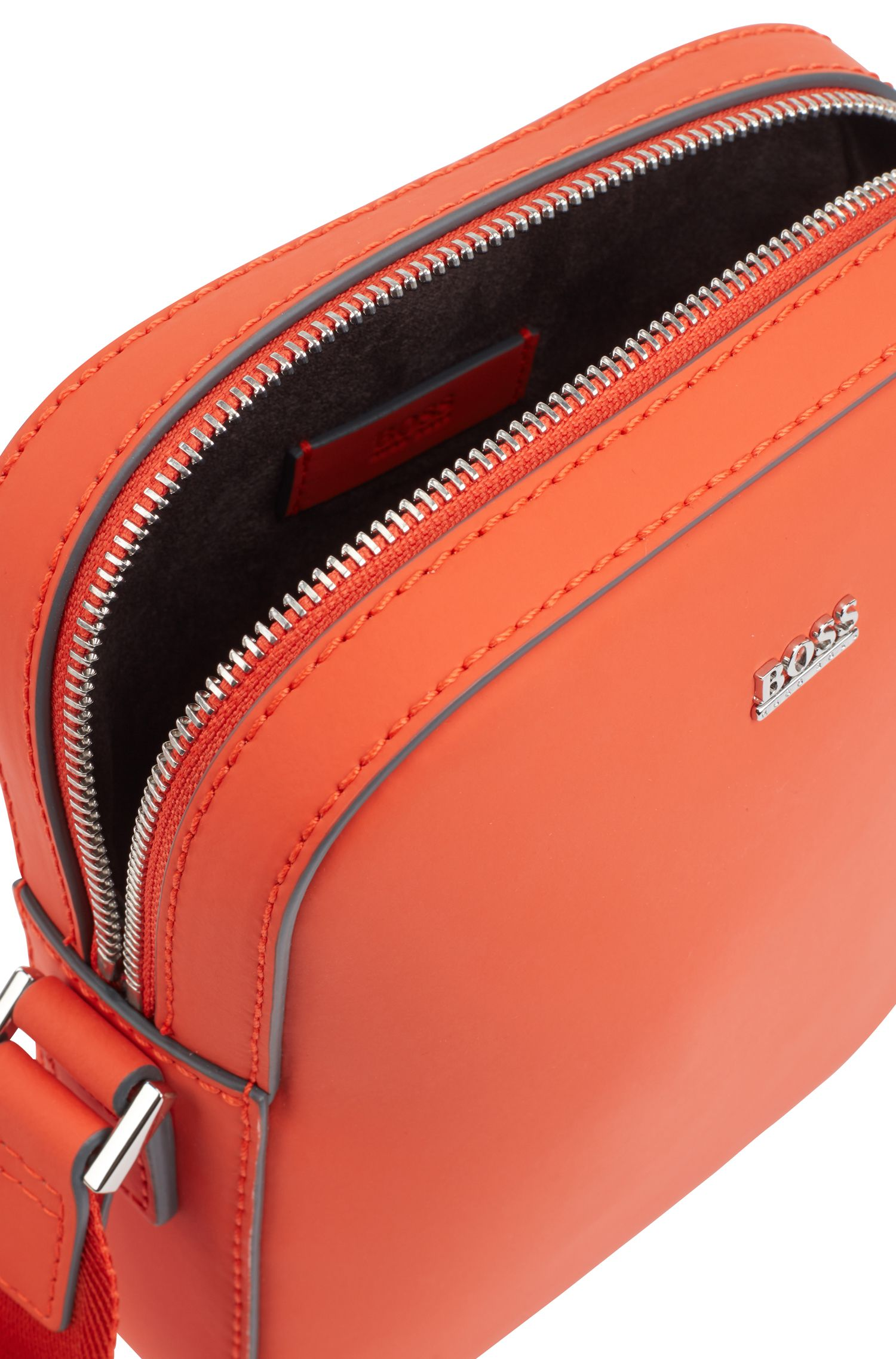 Signature Collection reporter bag in rubberised Italian leather, Orange