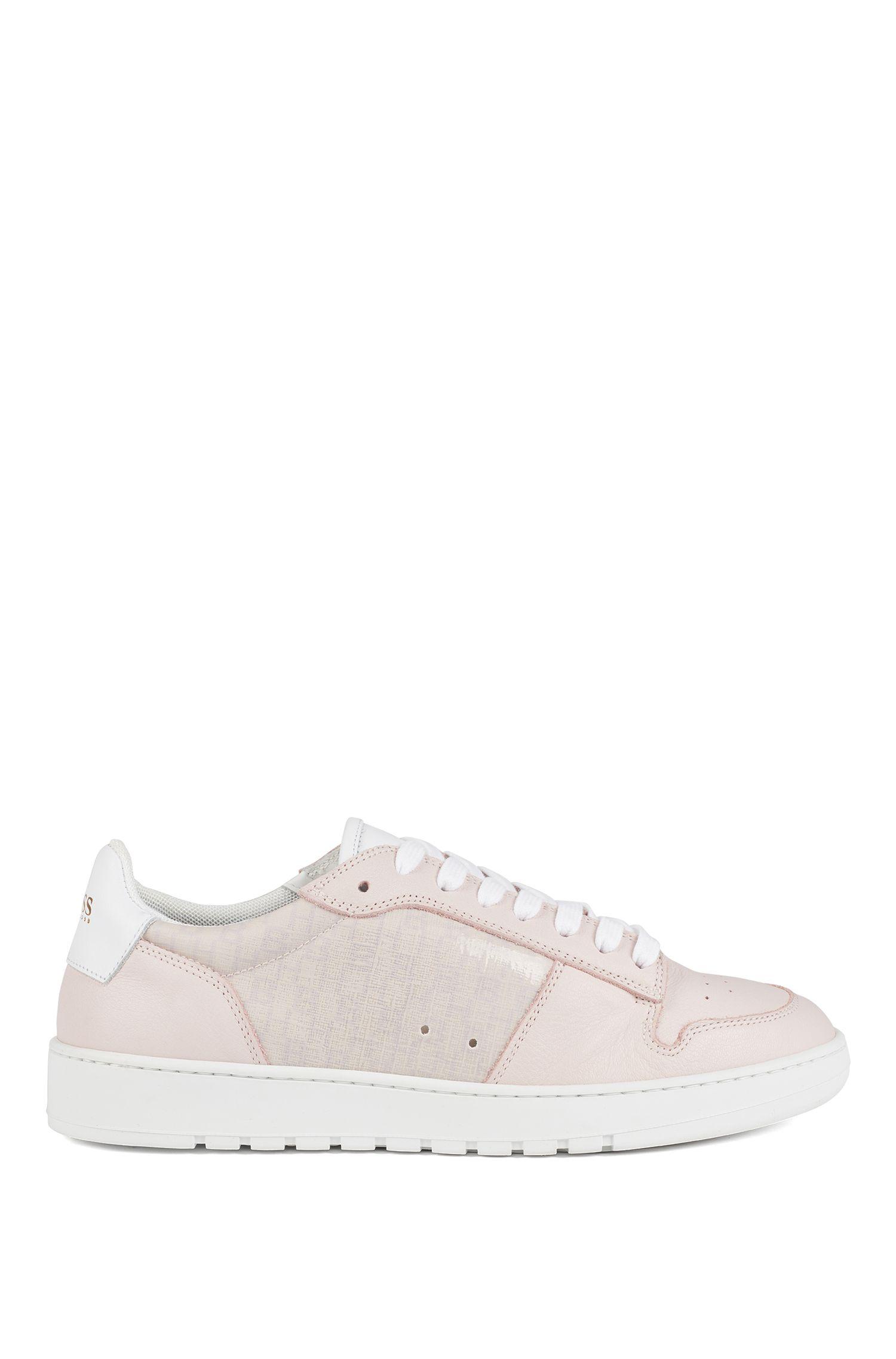 Sneakers in pelle realizzate in Italia con pannelli con monogramma, Rosa chiaro