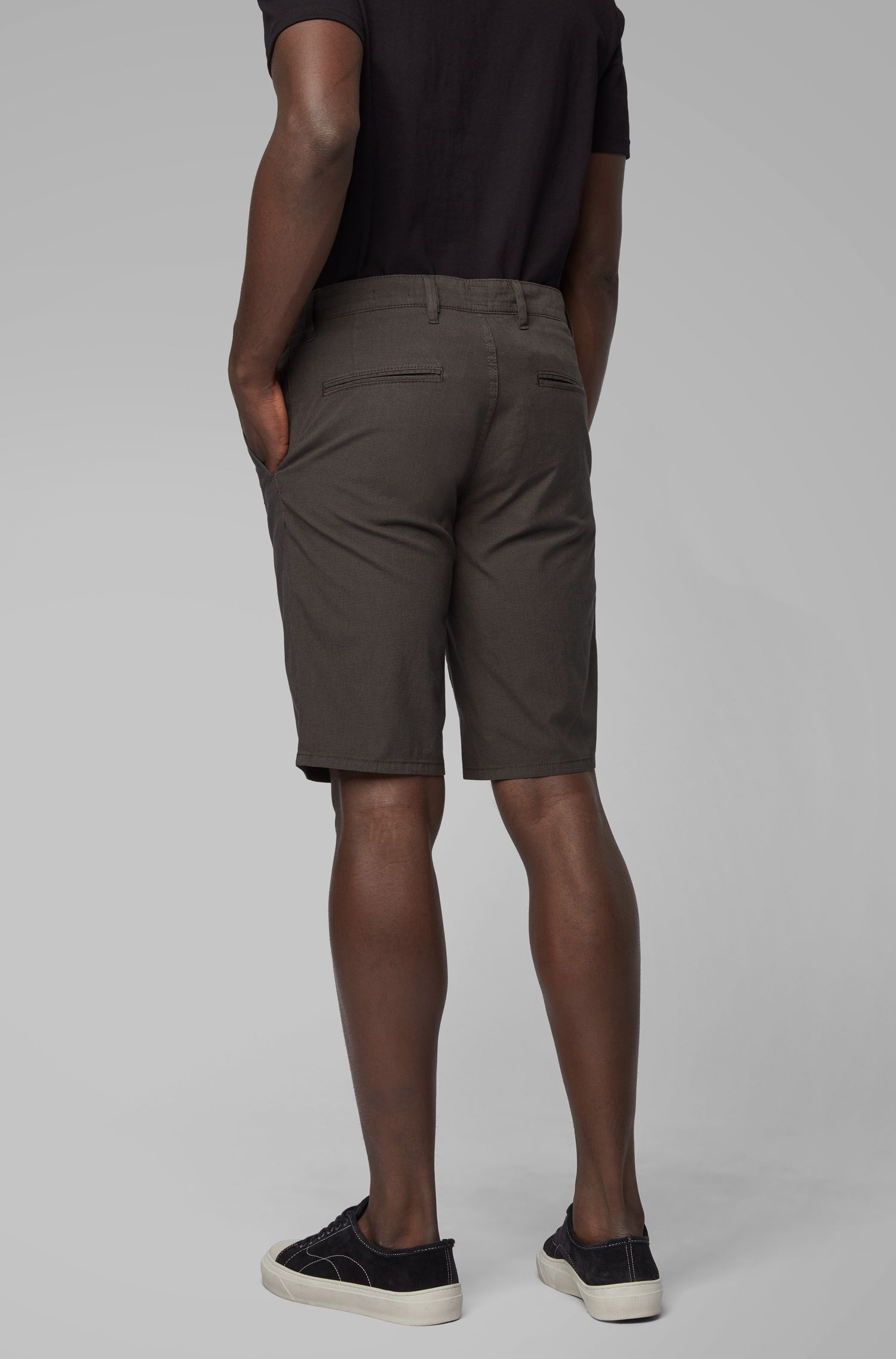 Short chino Slim Fit en coton stretch surteint, Anthracite