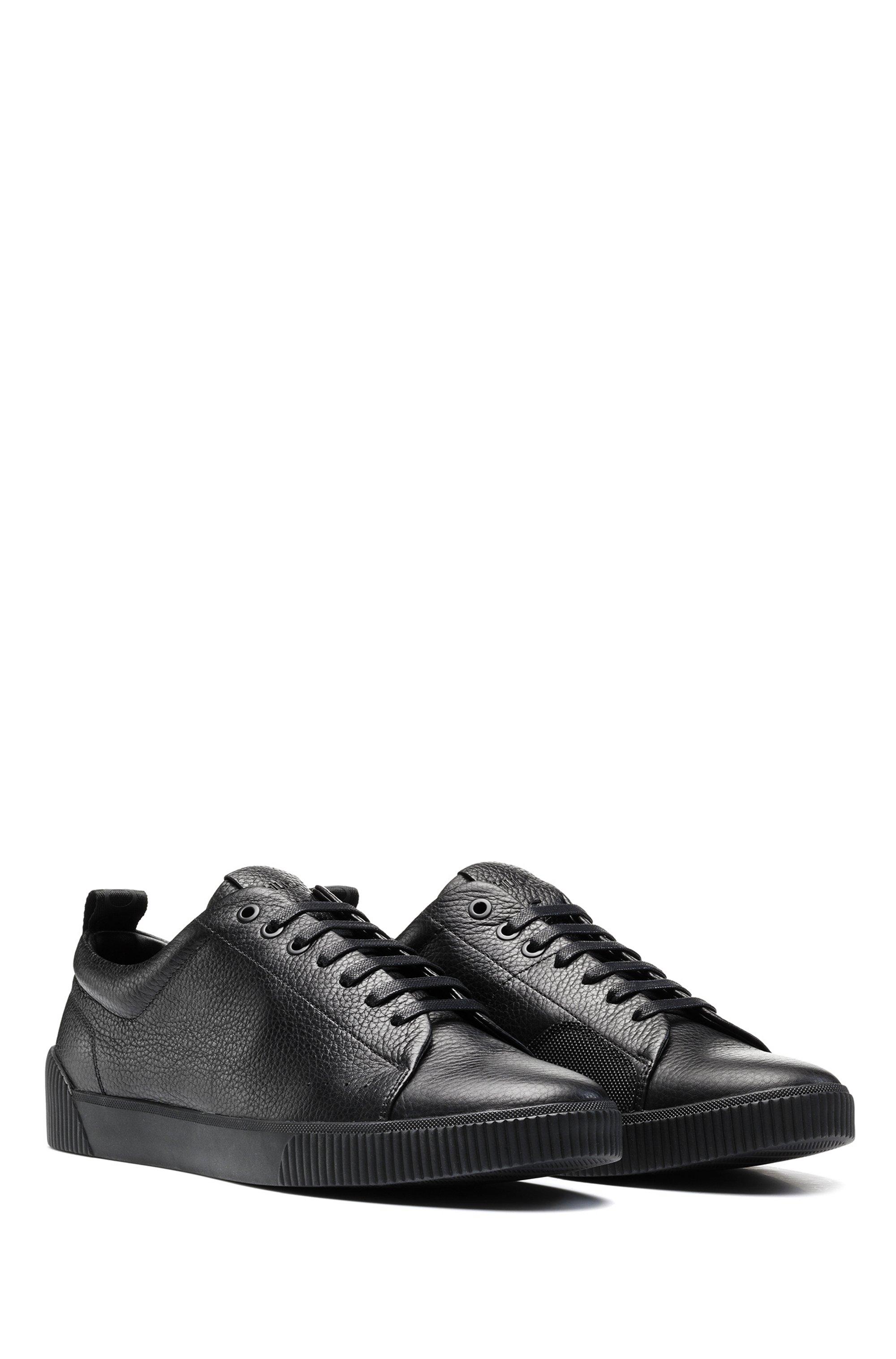 Sneakers aus genarbtem Leder im Tennis-Stil mit Logo-Tape aus Jacquard
