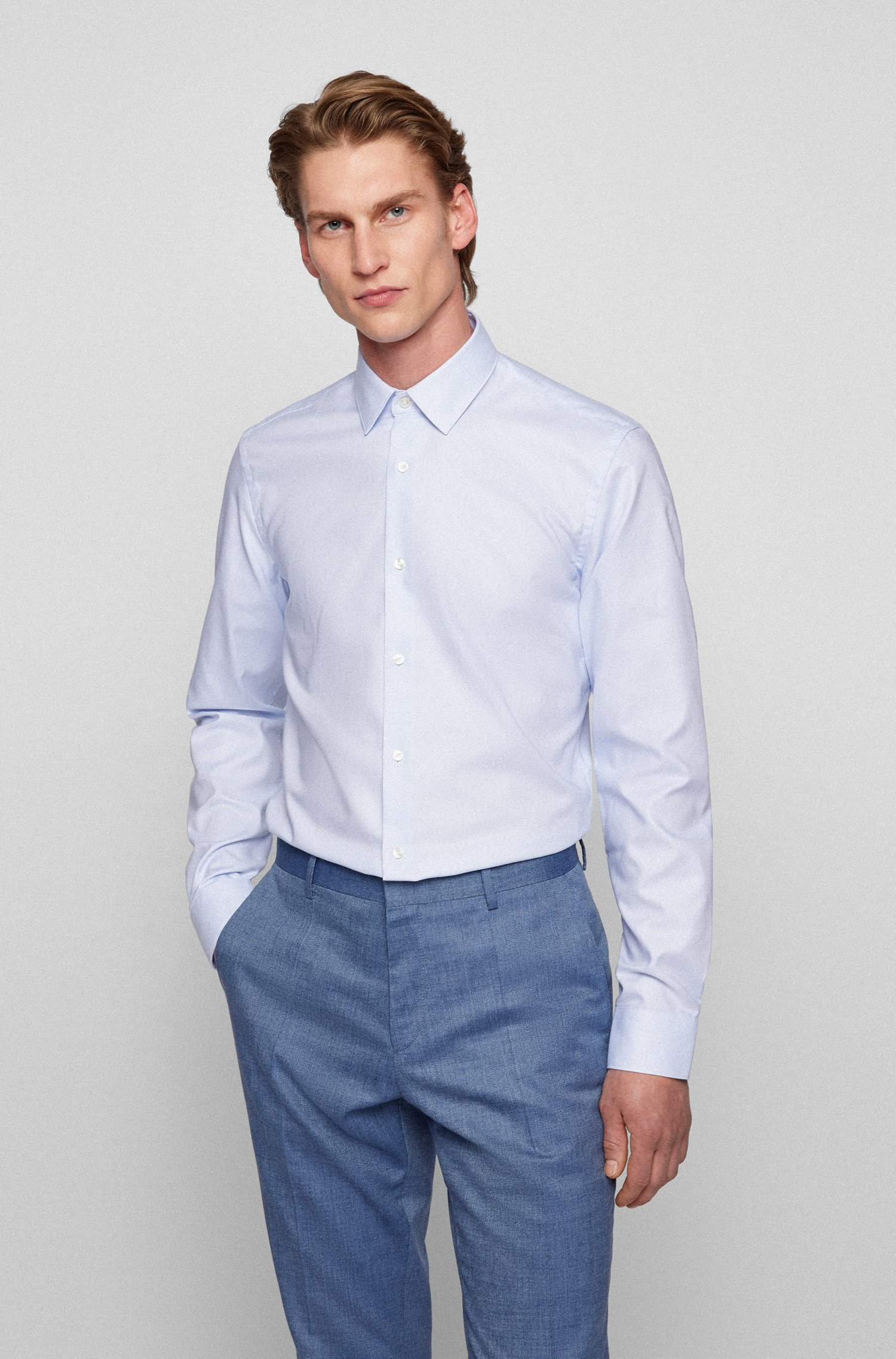 Slim-fit shirt in cotton with Fresh Active finish, Light Blue