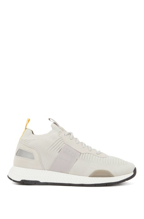 Hybrid-Sneakers im Laufschuh-Stil mit Stricksocken, Hellbeige