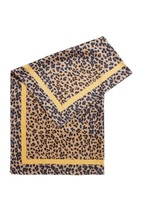 Leopard-print scarf in pure silk, Patterned
