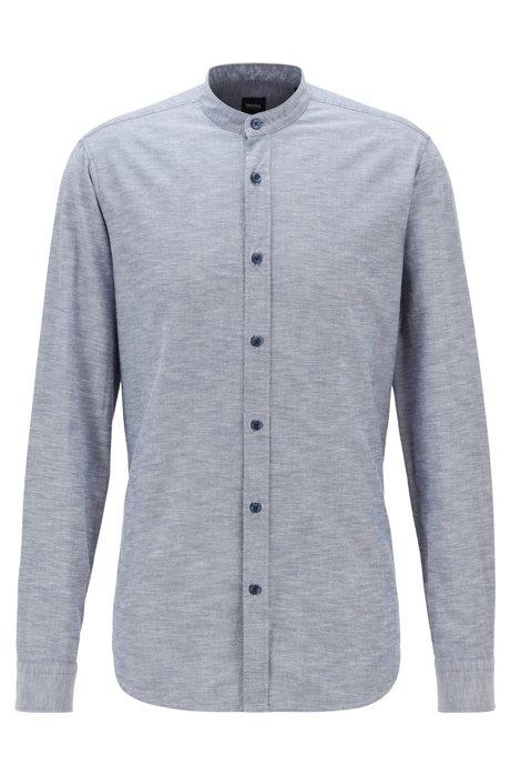 Chemise Regular Fit en coton à la finition peau de pêche, avec col montant, Bleu
