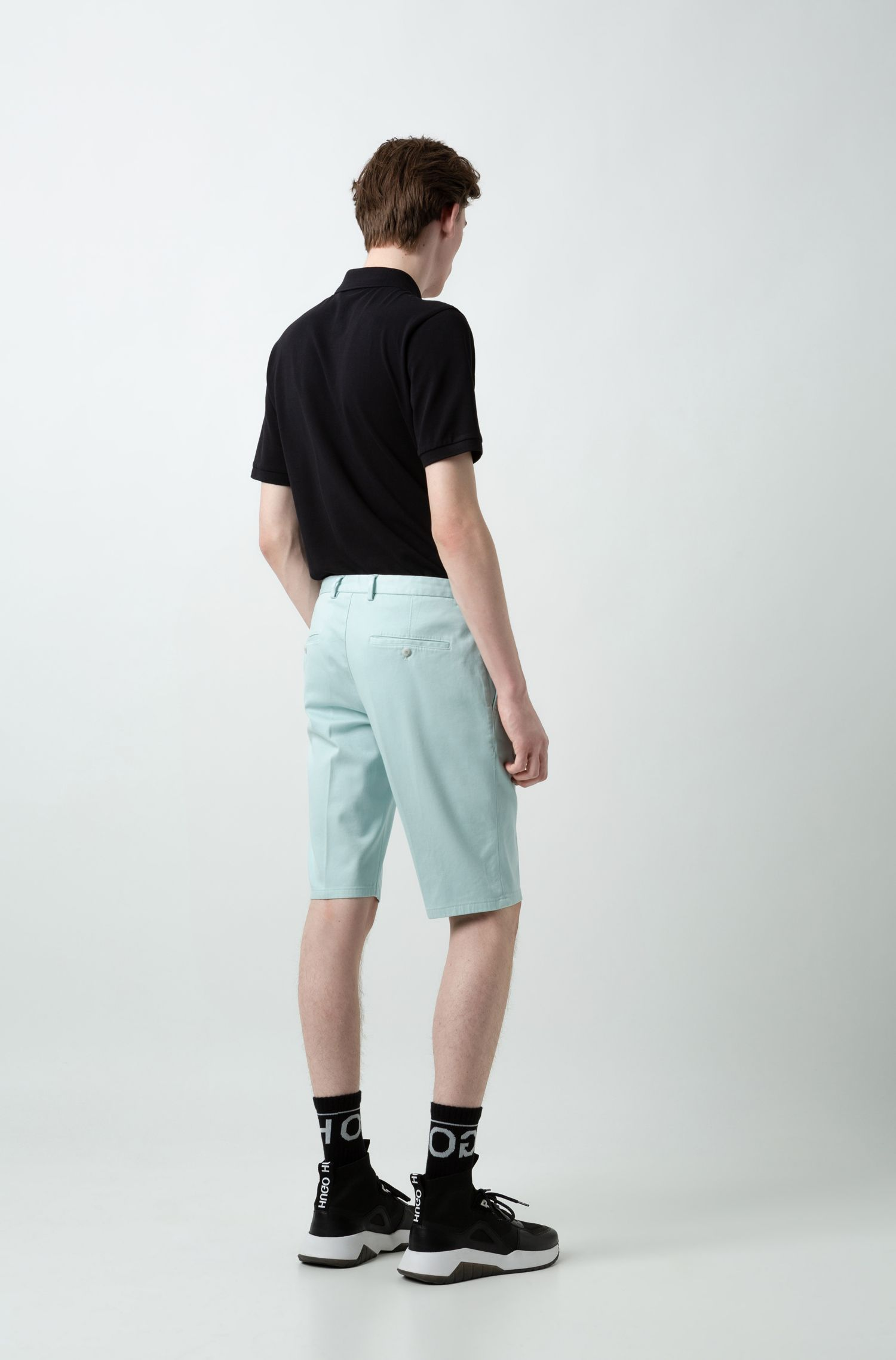 Slim-leg shorts in overdyed stretch cotton, Turquoise