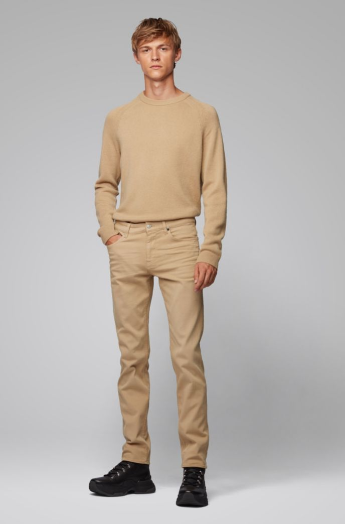 Regular-fit sweater in cashmere with crew neckline