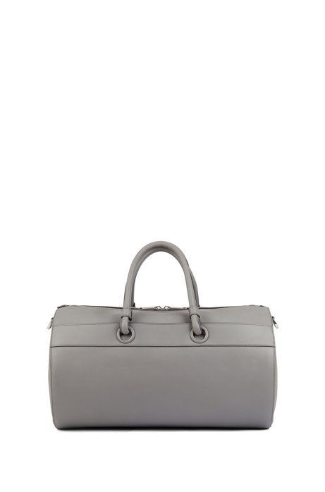 Tubular holdall in calf leather with detachable shoulder strap, Grau