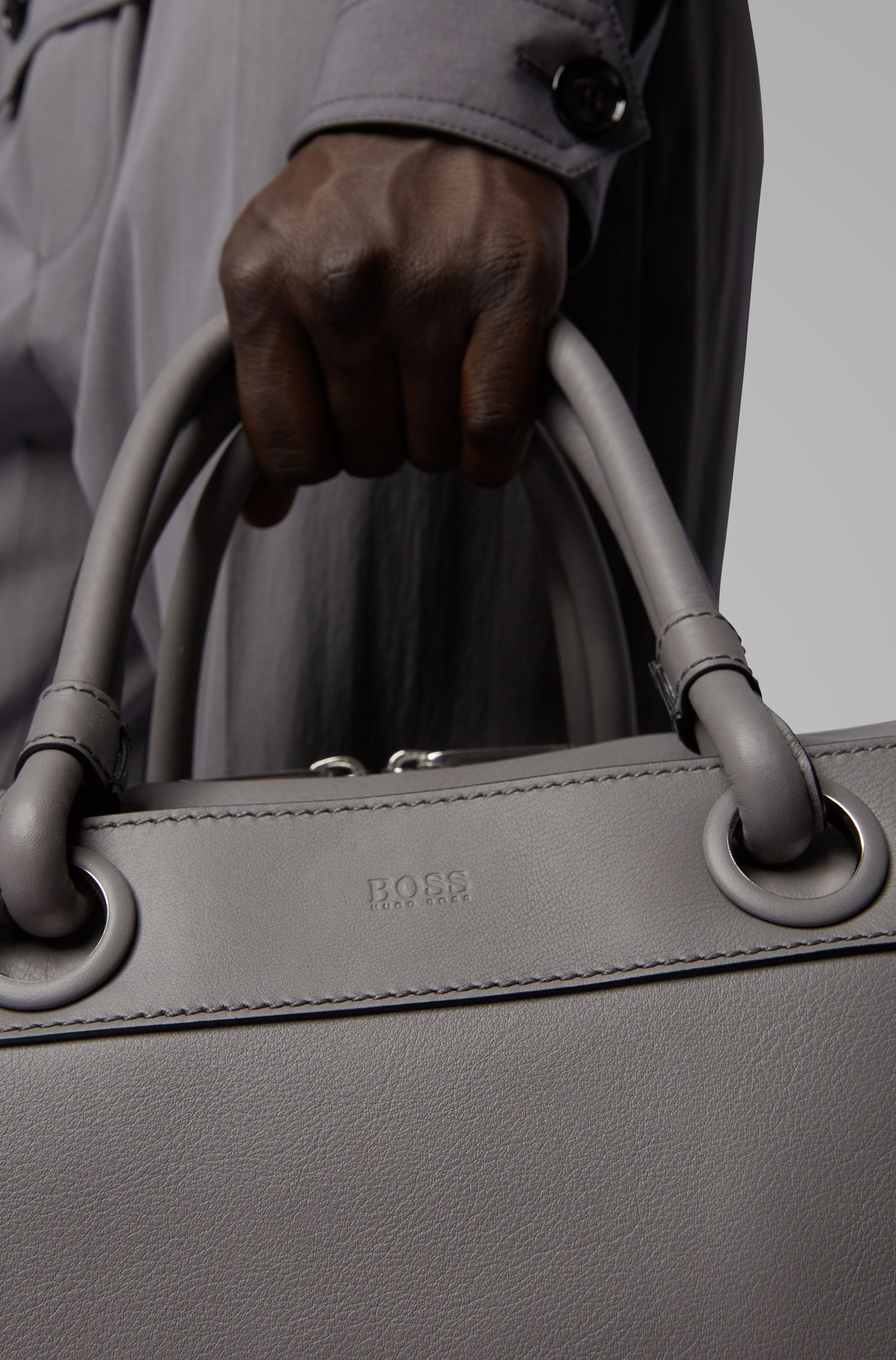 Tubular holdall in calf leather with detachable shoulder strap, Grey