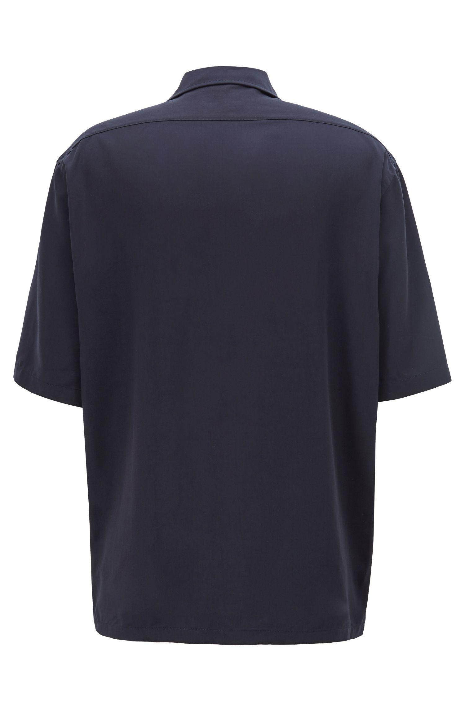 Camisa de manga corta Fashion Show con tres bolsillos cosidos, Azul oscuro