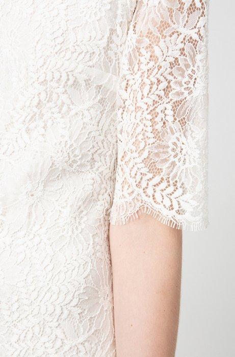 Midi Dress In Lace With Three Quarter