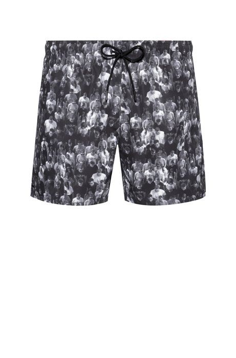 Quick-dry short-length swim shorts with collection print, Patterned