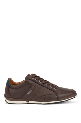 Low-top trainers in grained leather with perforated details, Dark Brown