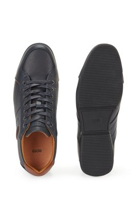 Low-top trainers in grained leather with perforated details, Dark Blue