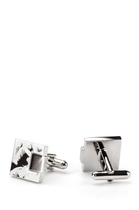Square cufflinks in polished metal with tonal palm print, Silver
