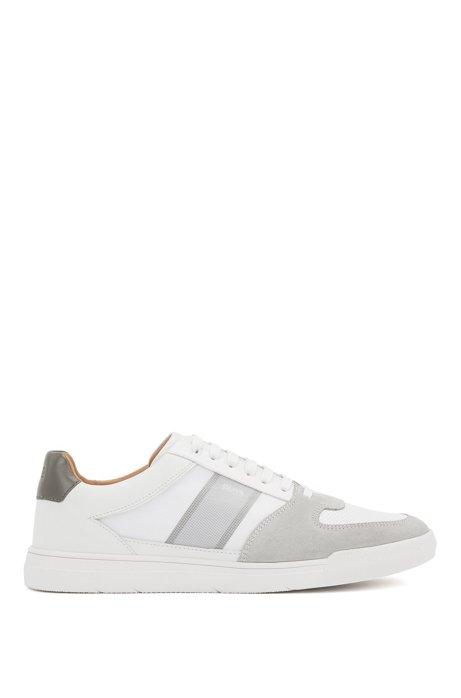 Sneakers mit Mesh-Einsatz, Weiß