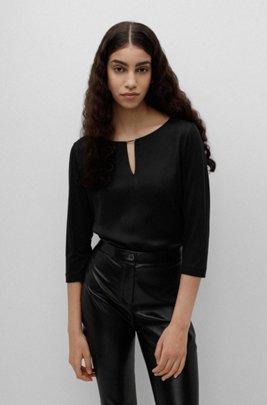 Top de tejido mixto con cuello con muesca y detalles metálicos, Negro