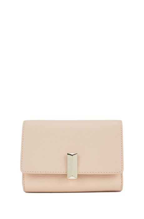 Belt bag in Italian leather with detachable chain, Light Beige