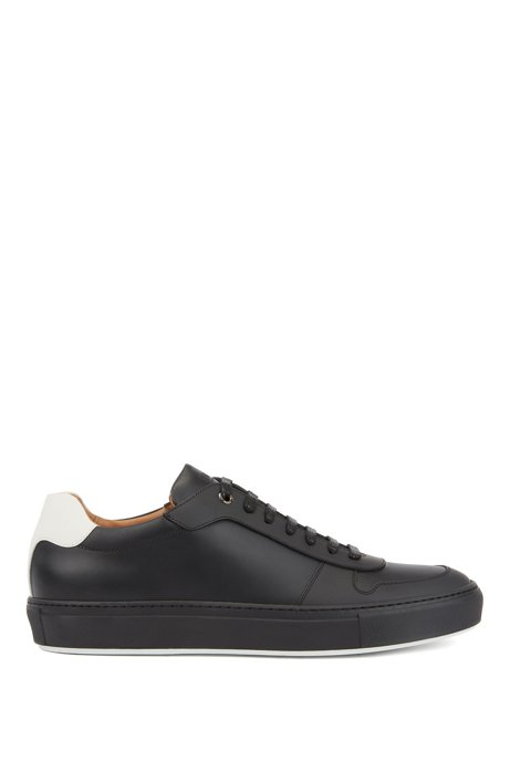 Italian-made trainers in calf leather with rubberised overlays, Black