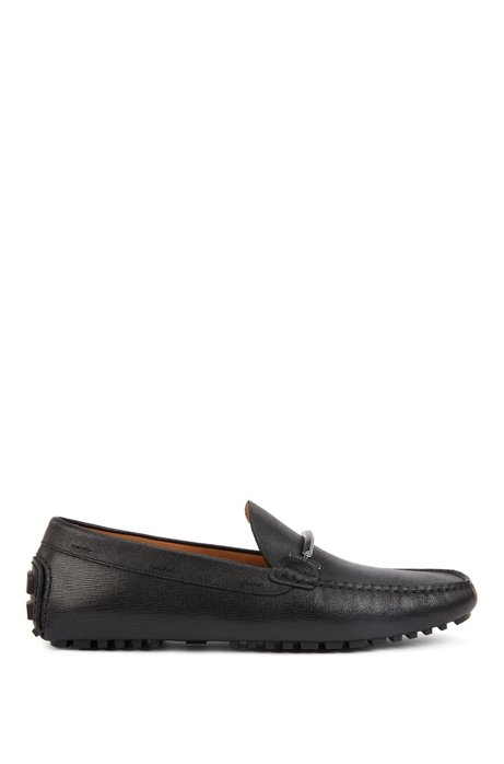 Driver moccasins in embossed leather with extended lug sole, Black