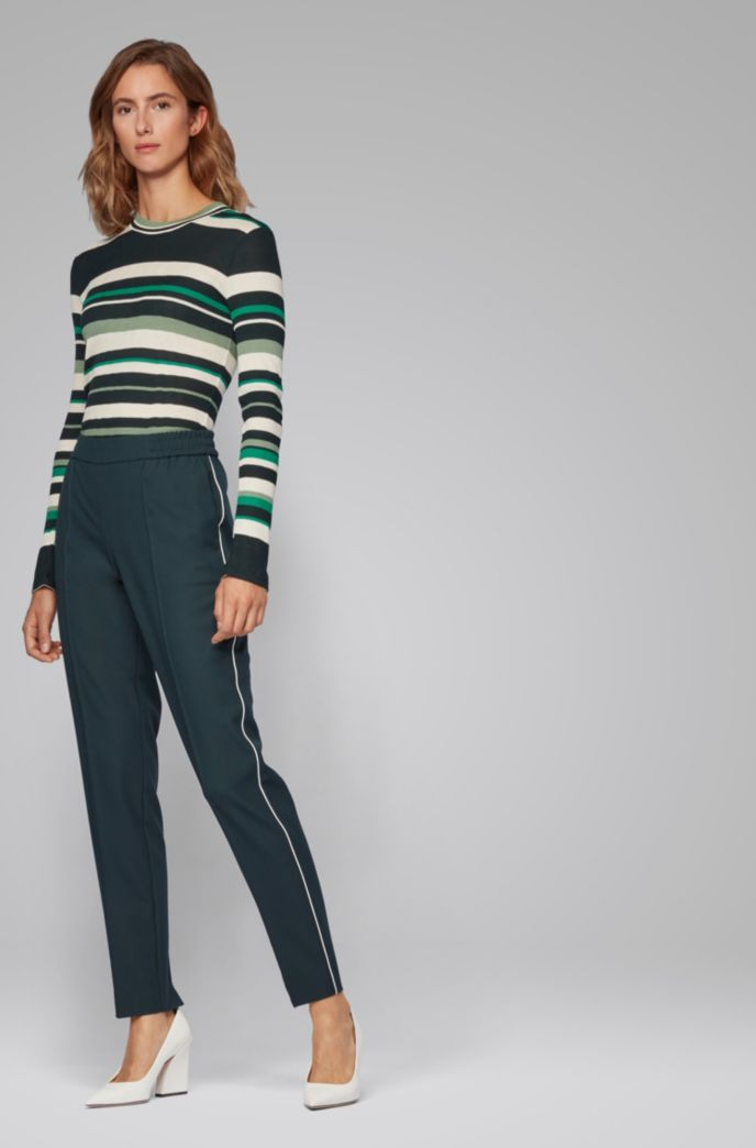 Pantaloni relaxed fit stile jogging