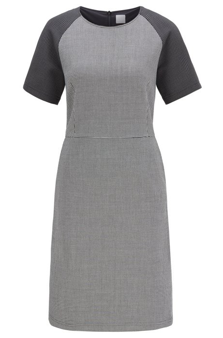 Short-sleeved dress with houndstooth motif and side pockets , Patterned