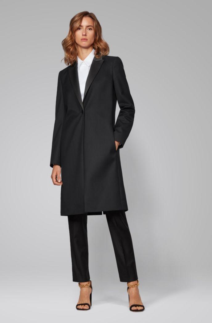 Cappotto in stile smoking in lana vergine italiana con trama twill