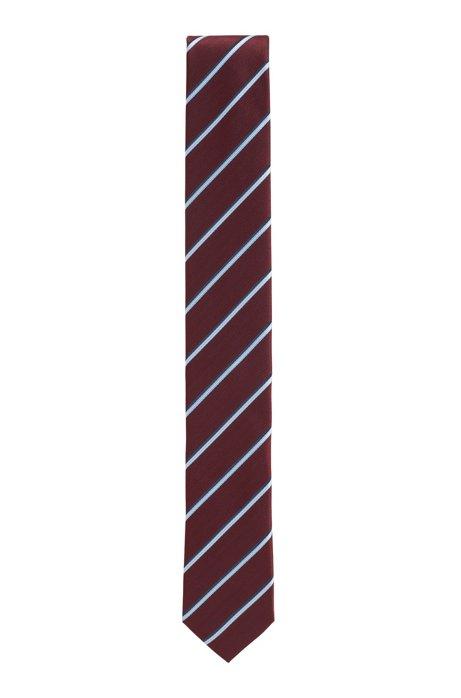 In Italië vervaardigde stropdas in een jacquard met diagonale strepen, Donkerrood