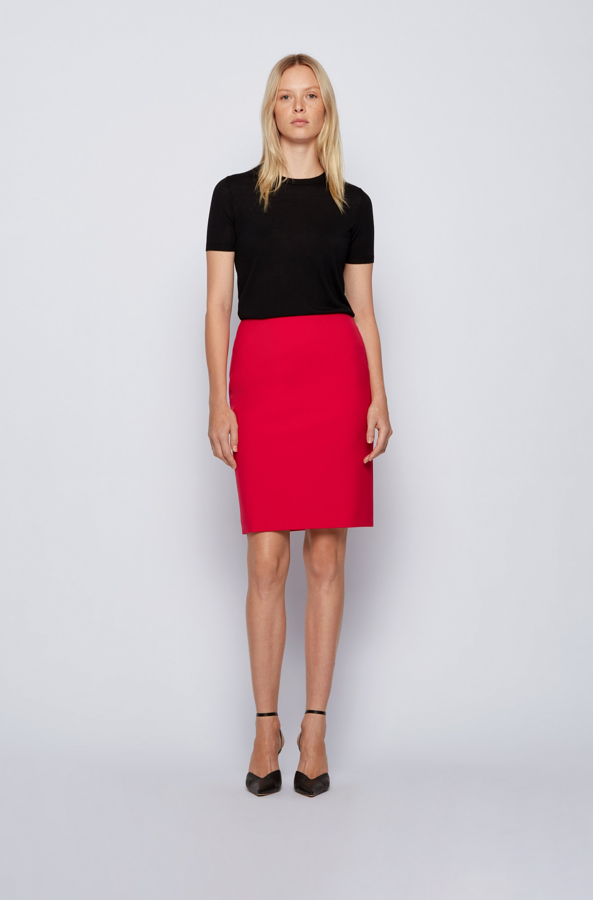 High-waisted pencil skirt in Portuguese stretch fabric