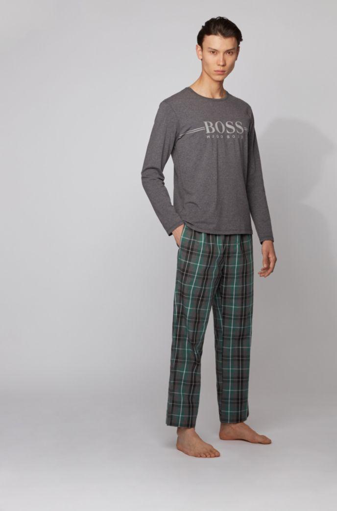 Pijama de algodón con logo termosellado en caja de regalo