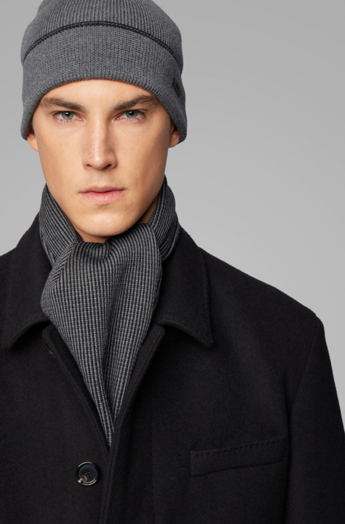 Hat and scarf set in cashmere-touch wool