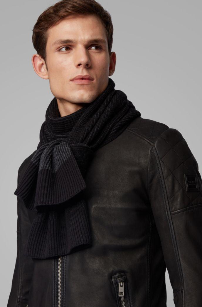 Zweifarbiger Schal aus geripptem Baumwoll-Mix mit Wolle