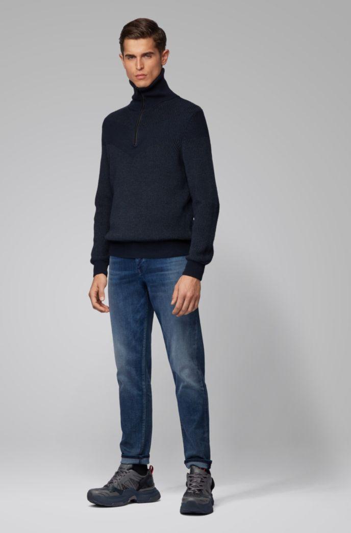 Tapered-Fit Jeans aus Super-Stretch-Denim