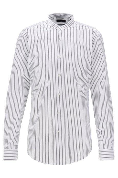 Gestreiftes Slim-Fit Hemd aus Baumwolle, Schwarz