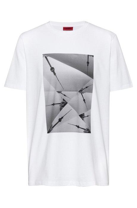 T-Shirt aus Baumwolle mit Artwork aus der Kollektion , Weiß