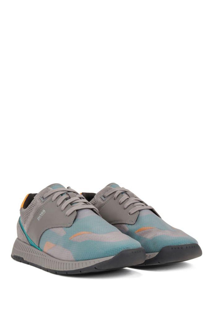 Sneakers aus Velours- und Nappaleder