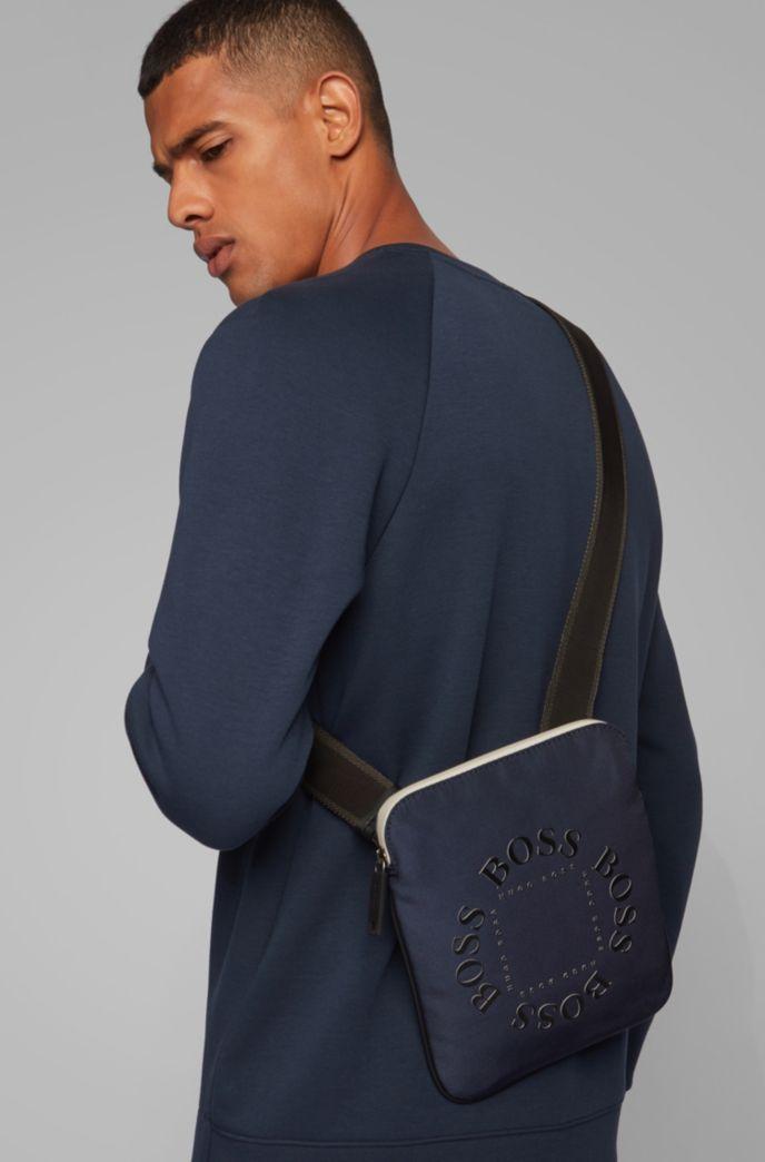 Umhängetasche aus strukturiertem Nylon mit kreisförmigen Logos
