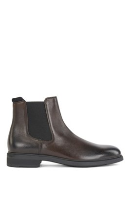 Italian-made Chelsea boots in leather with Outlast® lining, Dark Brown