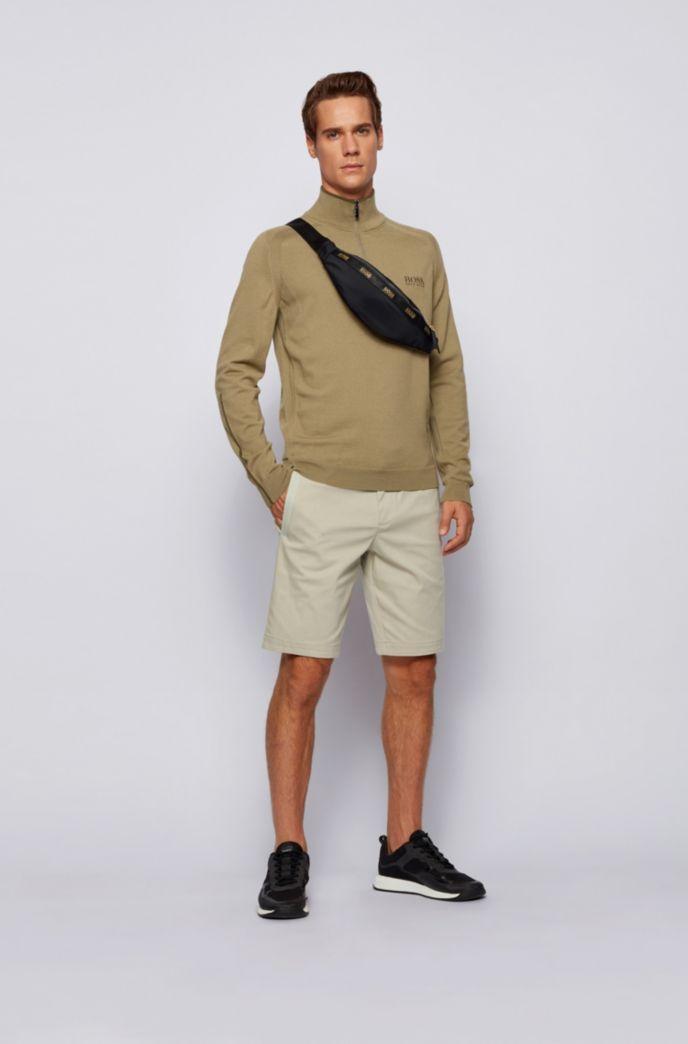 Short Slim Fit en coton stretch mélangé et façonné