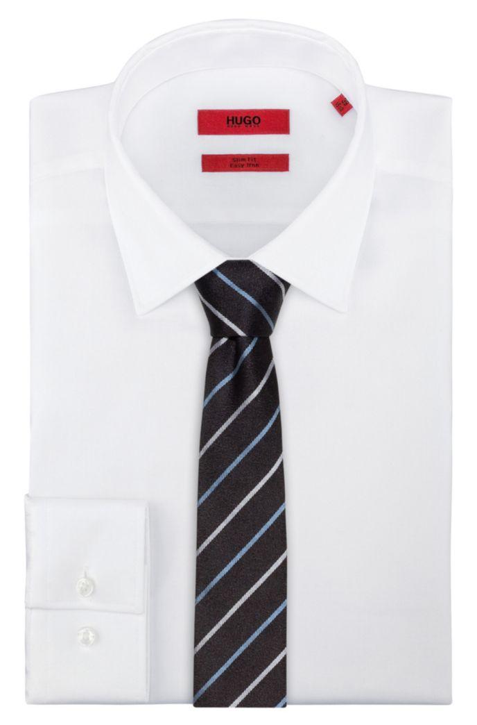 Cravate en jacquard de soie à rayures en diagonale contrastantes