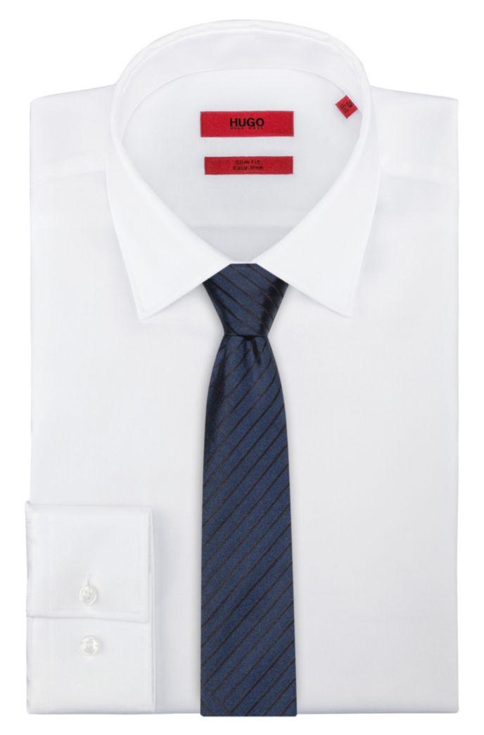 Cravate en jacquard de soie à rayures discontinues