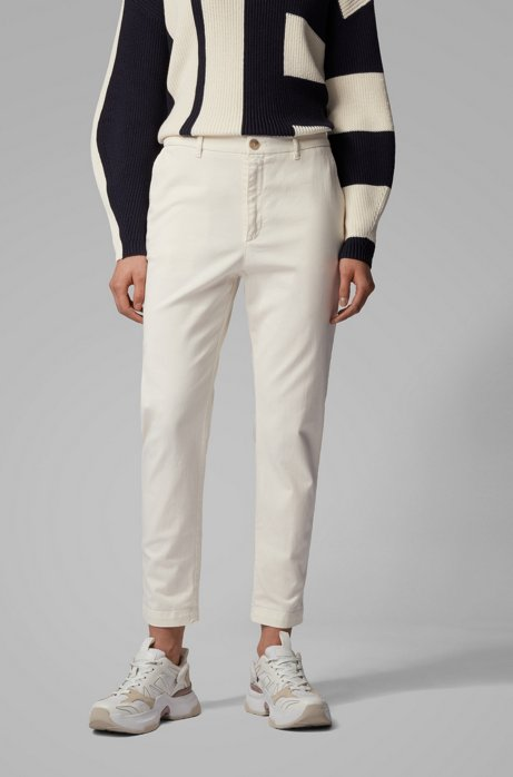 Relaxed-Fit Chino aus Stretch-Twill in Cropped-Länge, Weiß