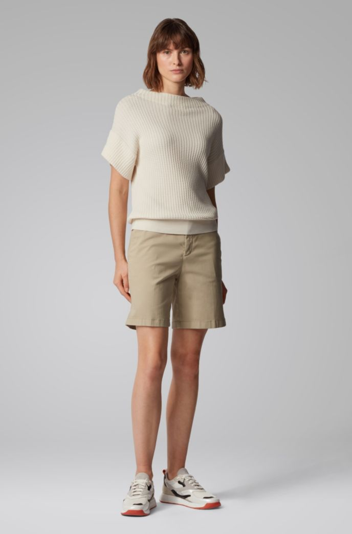 Short chino Regular Fit en coton stretch satiné