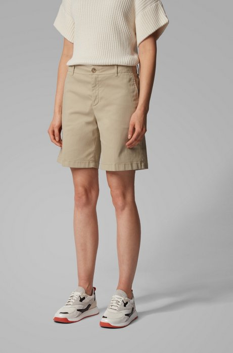 Short chino Regular Fit en coton stretch satiné, Beige