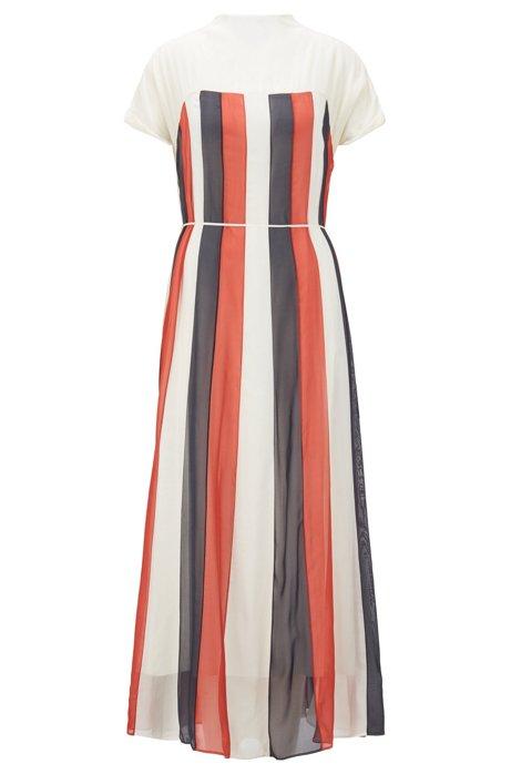 Maxi-jurk van chiffon met uitlopende rok en strikceintuur, Naturel