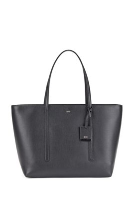 Shopper bag in grained Italian leather with hangtag, Black